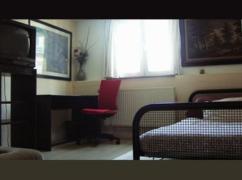 Appartager BE - ROOM from July, Etterbeek - 460 € pm