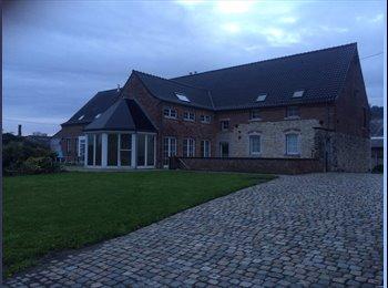 Appartager BE - Colocations et gites meublés avec équipements moderne dans villa de ferme, La Louvière - 400 € pm