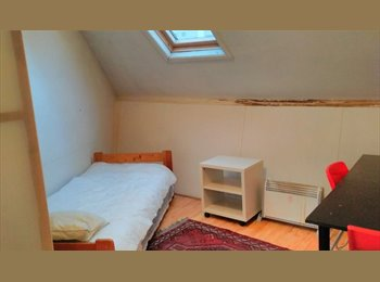 Appartager BE - Large room in community house, Saint Gilles Sint Gillis - 465 € pm