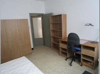Appartager BE - chambres meublées pour étudiant(e)s, Namur - 340 € pm