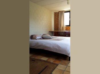 Appartager BE - chambre a louer, Louvain-la-Neuve - 450 € pm