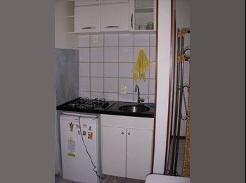 EasyQuarto BR - Kitnet-Studio no centro de Brasilia para alugar, Brasília - R$ 800 Por mês