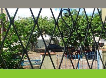 EasyQuarto BR - Alugam-se Quartos, Porto Alegre - R$ 390 Por mês