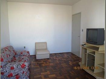 EasyQuarto BR - aluguel para estudantes, Santa Maria - R$ 480 Por mês