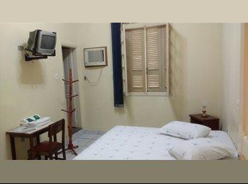 EasyQuarto BR - Venha Morar em nosso Hotel de Frente para o Mar - Santos, Santos - R$ 1.000 Por mês