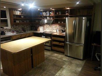EasyRoommate CA - Designer look and strategic quiet location, Laval - $480 pcm