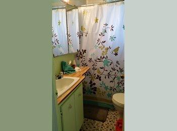 EasyRoommate CA - chambre à louer , Laval - $345 pcm