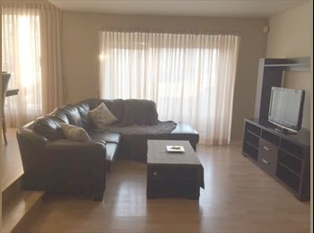 EasyRoommate CA - Looking for a roommate, Laval - $450 pcm
