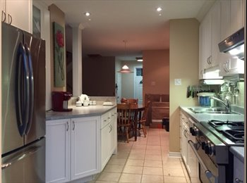 EasyRoommate CA - Bright room with lots of storage, Ottawa - $585 pcm