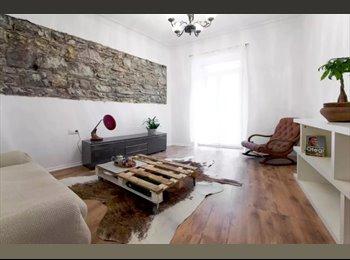 EasyPiso ES - Habitación a 5 min de Playa Zurriola en Piso con encanto, San Sebastián - 500 € por mes