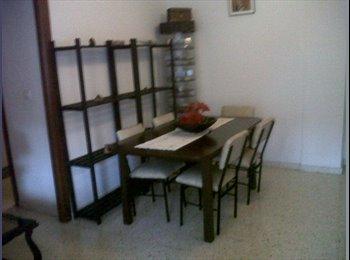 EasyPiso ES - GASTOS INCLUIDOS.CHICAS.NO FUMADORAS.Habitaciones individuales, Córdoba - 260 € por mes