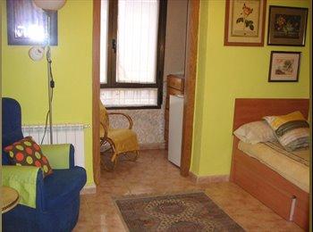 EasyPiso ES - habitaciones en piso compartido, Logroño - 270 € por mes