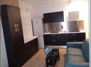 EasyPiso ES - Habitación en Sol, Madrid - 375 € por mes