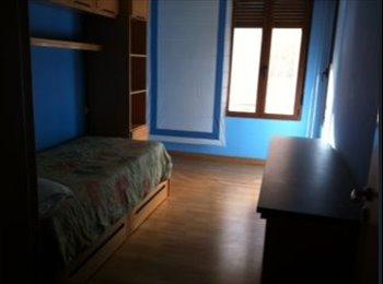 EasyPiso ES -  habitación amueblada en piso compartido, León - 200 € por mes