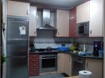 EasyPiso ES - piso premium palomera/universidad, León - 180 € por mes