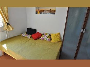 EasyPiso ES - Habitación DOBLE  1 persona, Barcelona - 550 € por mes