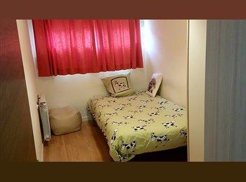 EasyPiso ES - Habitaciones en piso compartido. Piso de ESTRENO, Fuencarral - 325 € por mes