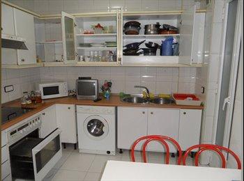 EasyPiso ES - Alquiler habitación en Salamanca, Salamanca - 250 € por mes