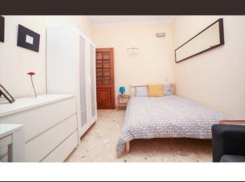 EasyPiso ES - HABITACIONES EN CIUTAT VELLA, Valencia - 250 € por mes