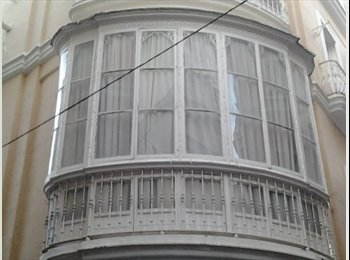 EasyPiso ES - MAGNÍFICA HABITACIÓN CON BALCÓN REDONDO A DOS CALLES, Cádiz - 320 € por mes