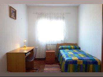 EasyPiso ES - 146 Habitación en Barrio del Pilar, Fuencarral - 445 € por mes