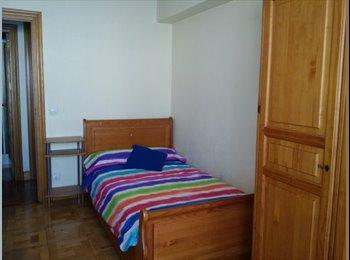 EasyPiso ES - Alquiler habitacion Erasmus, Pamplona - 350 € por mes