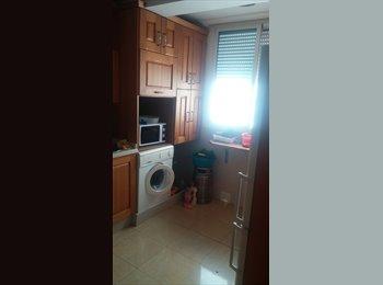 EasyPiso ES - ALQUILO HABITACION - SOLO CHICAS -ZONA  MOLINO, Huelva - 200 € por mes