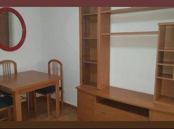EasyPiso ES - Piso de 2 dormitorios en pleno centro de Almería bien comunicado , Almería - 400 € por mes