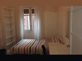 EasyPiso ES - Habitación individual, cama 1,35 m., Oviedo - 250 € por mes
