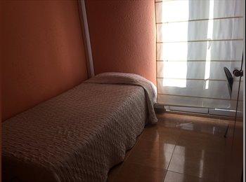 EasyPiso ES - Piso agradable y tranquilo en calle Princesa, muy bien ubicado, Zaragoza - 250 € por mes