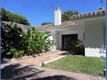 EasyPiso ES - Habitacion completa en Chalet en Guadalmina Baja., Marbella - 800 € por mes