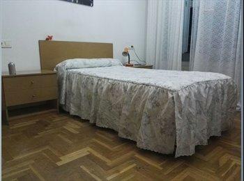 EasyPiso ES - habitacion, San Sebastián - 350 € por mes