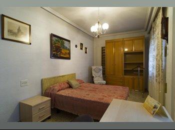 EasyPiso ES - Alquilo habitación en Salamanca , Salamanca - 300 € por mes