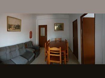 EasyPiso ES - Alquiler piso por habitaciones o completo., Almería - 450 € por mes