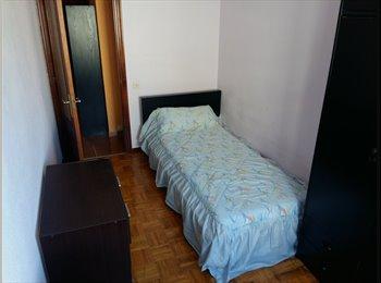 EasyPiso ES - Alquiló habitación en centro gijon , Gijon - 250 € por mes