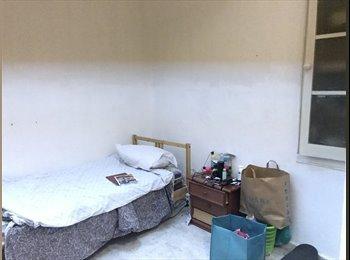 EasyPiso ES - Habitacion en piso muy centrico, Barcelona - 350 € por mes