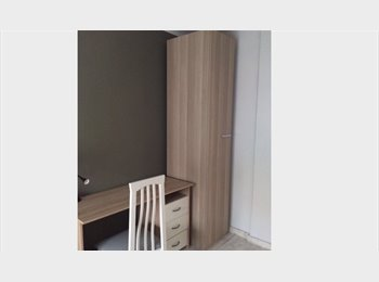 EasyPiso ES - Alquilo habitación compartida, Alicante - 325 € por mes