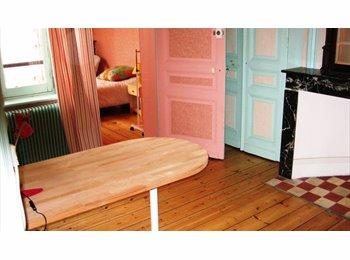 Appartager FR - Colocation - villa meublée - 2 chambres partagées, Dunkerque - 230 € /Mois
