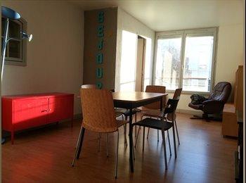 Appartager FR -  100m2+Terr, Pontoise/Cergy, 1 chambre sur 4 dispo, Éragny - 380 € /Mois