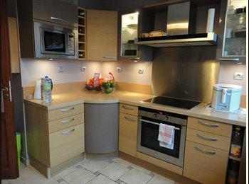 Appartager FR - 91 APPT 93 M2 4 CHAMBRES TOUT CONFORT, Chilly-Mazarin - 530 € /Mois