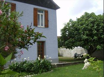 Appartager FR - Colocation pour 4 étudiants dans maison à Tarbes, Tarbes - 280 € /Mois