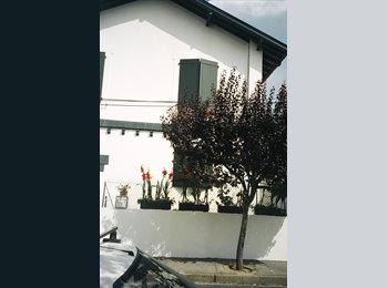 Appartager FR - A LOUER T2 TOUT CONFORT A 2 ETUDIANTS EN COLOCATION, Biarritz - 350 € /Mois