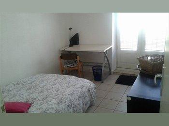 Appartager FR - chambre meublée dans grand appartement 90 m2 en presqu ile, Lyon - 600 € /Mois