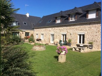 Appartager FR - A louer en colocation appartement de 190 m2, Hennebont - 345 € /Mois