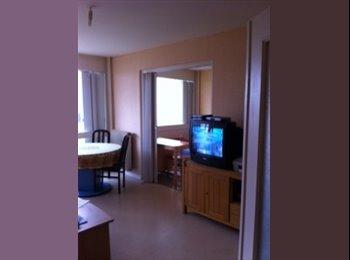 Appartager FR - Chambre meublée ,lit, armoire bureau,dans T2 45 m2, Buxerolles - 200 € /Mois
