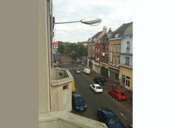 Appartager FR -  60m2, Gambetta,  proche de tout, foreigners welcome!, Lille - 370 € /Mois
