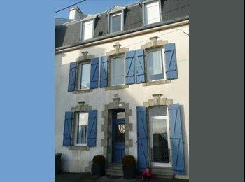 Appartager FR - Grande MAISON DE CARACTERE 130m2, MODERNE, Lorient - 340 € /Mois