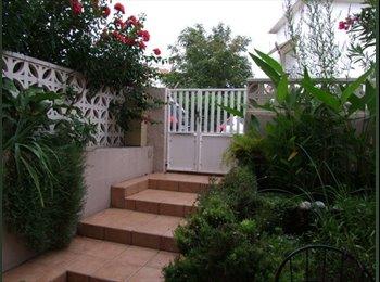 Appartager FR - chambres pour jeunes et étudiants, Perpignan - 330 € /Mois