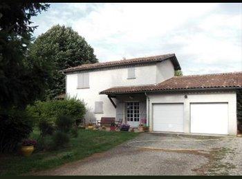 Appartager FR - logement type T2, Bellegarde - 290 € /Mois