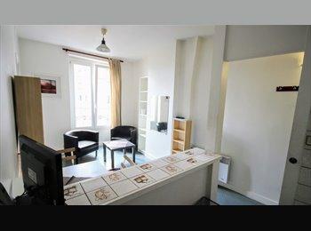 Appartager FR - Montmartre: 2-pièces meublé au métro Marcadet, 18ème Arrondissement - 850 € /Mois